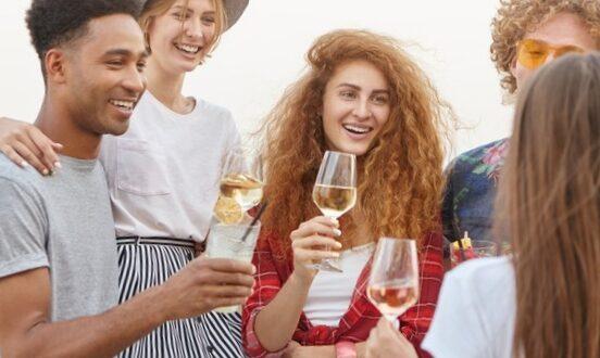 Le vin blanc est bon pour la santé : 5 vertus à découvrir